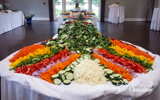 vegetable and fruit spread for caterer
